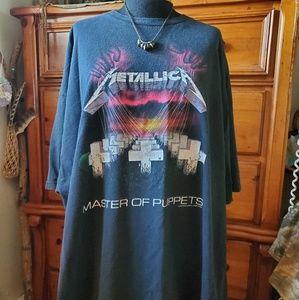 Vintage Metallica Master of Puppets band tshirt